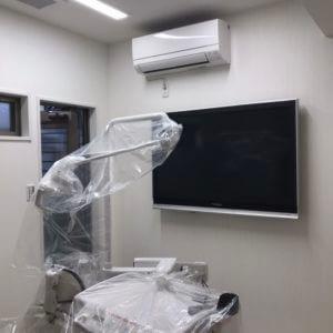 治療設備の設置作業